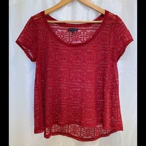 AMERICAN EAGLE Lace Style Short Sleeve Top